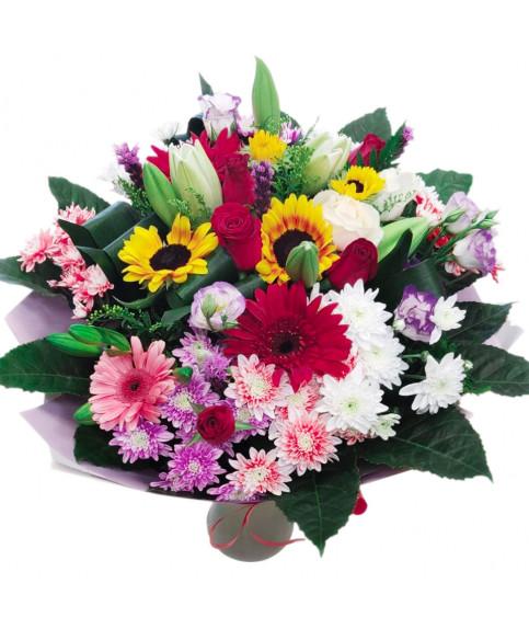 זר פרחים צבעוני בהרצליה