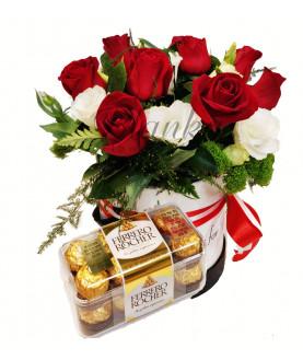 ורדים אדומים בקופסא עם שוקולד