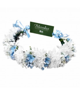 Crown for head sky blue and white